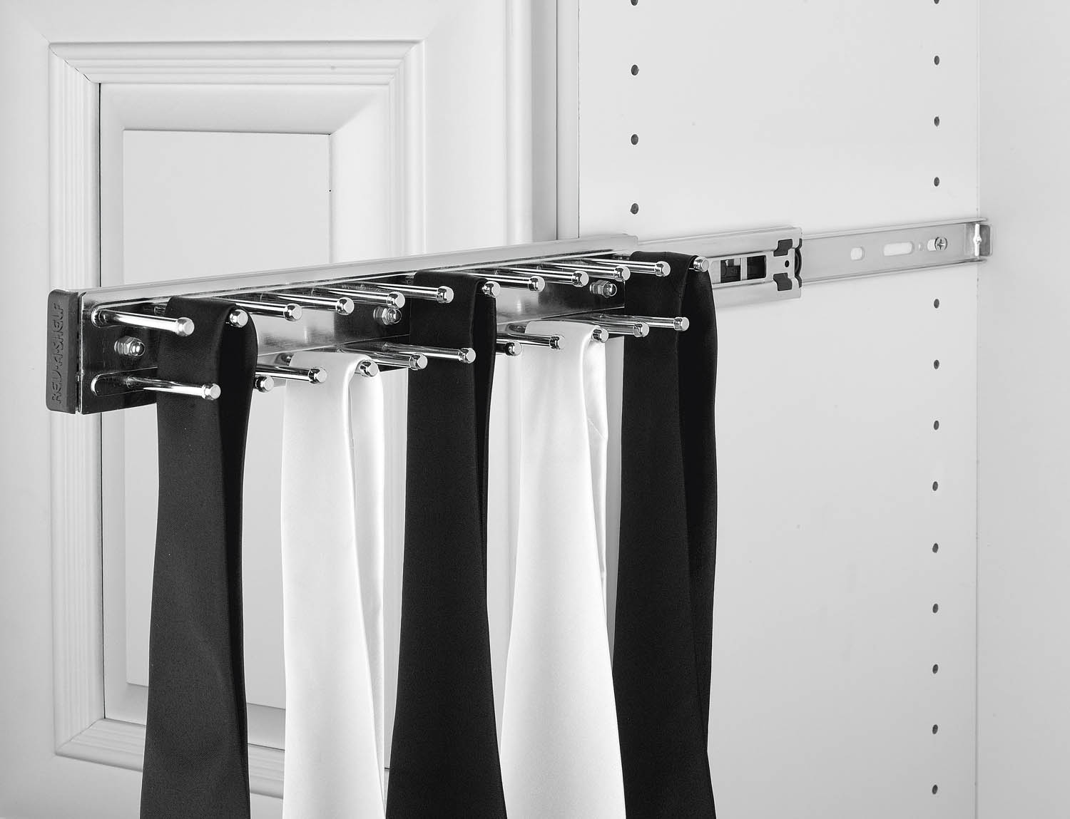 Rev A Shelf Economy Tie Rack